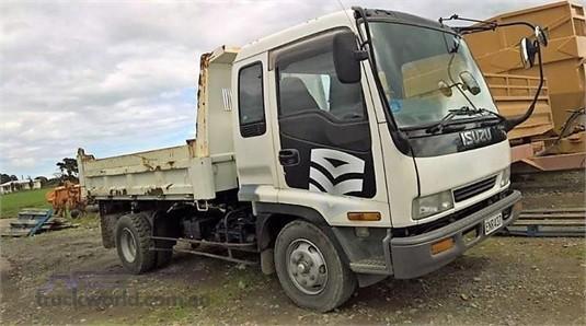 1996 Isuzu FSS - Trucks for Sale