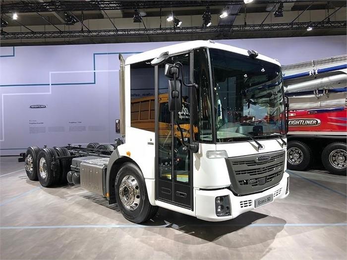 Thomas Built Buses >> Daimler Trucks North America Brings Freightliner Thomas Built