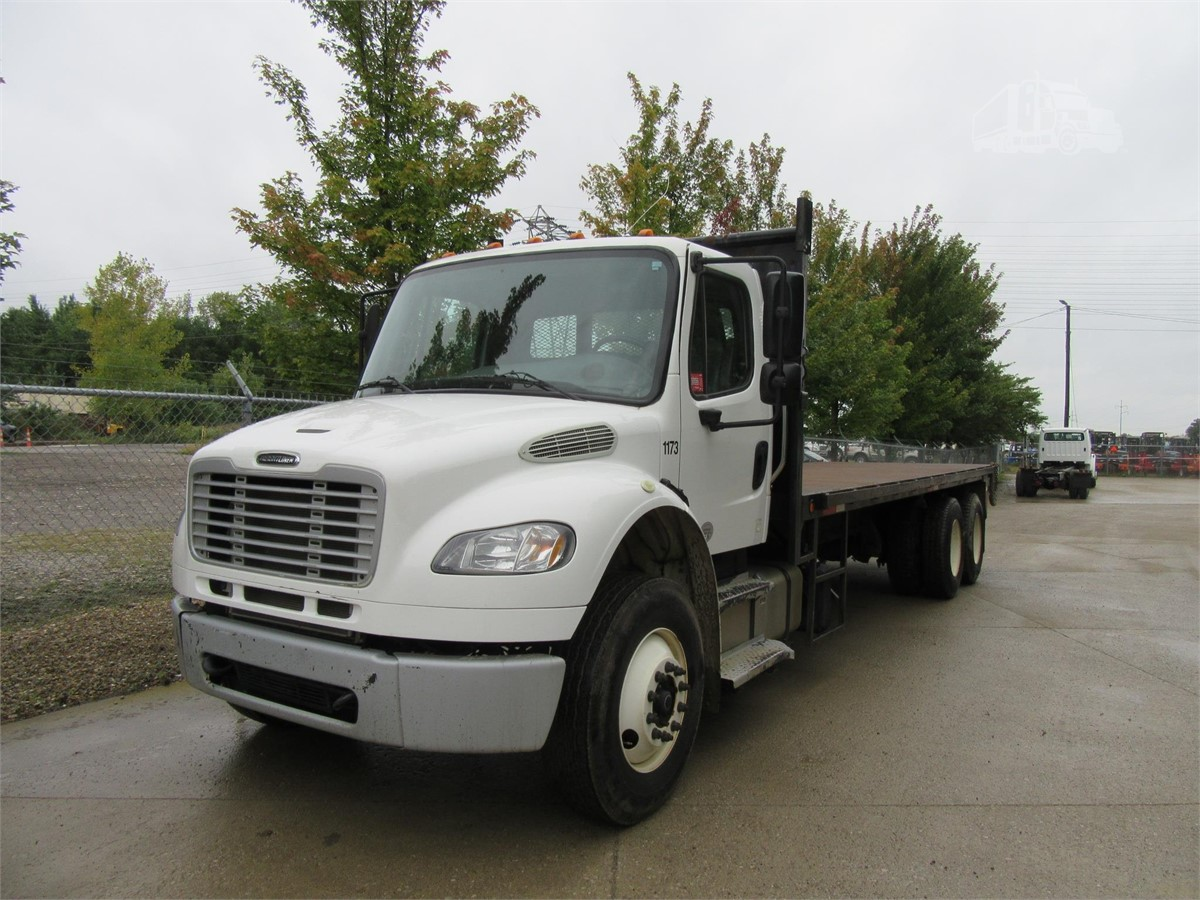2015 Freightliner Business Class M2 106 For Sale In Columbus Ohio