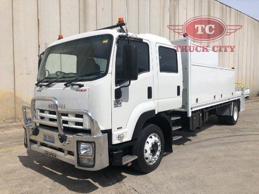 2011 Isuzu FTR 900 Premium Crew Cab Truck City - Trucks for Sale
