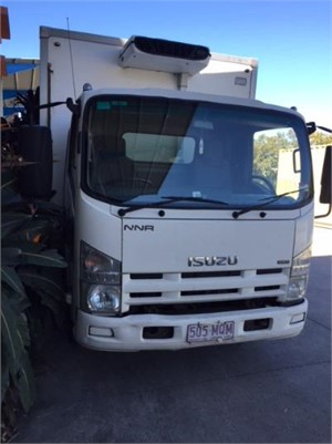2009 Isuzu NNR 200 - Trucks for Sale