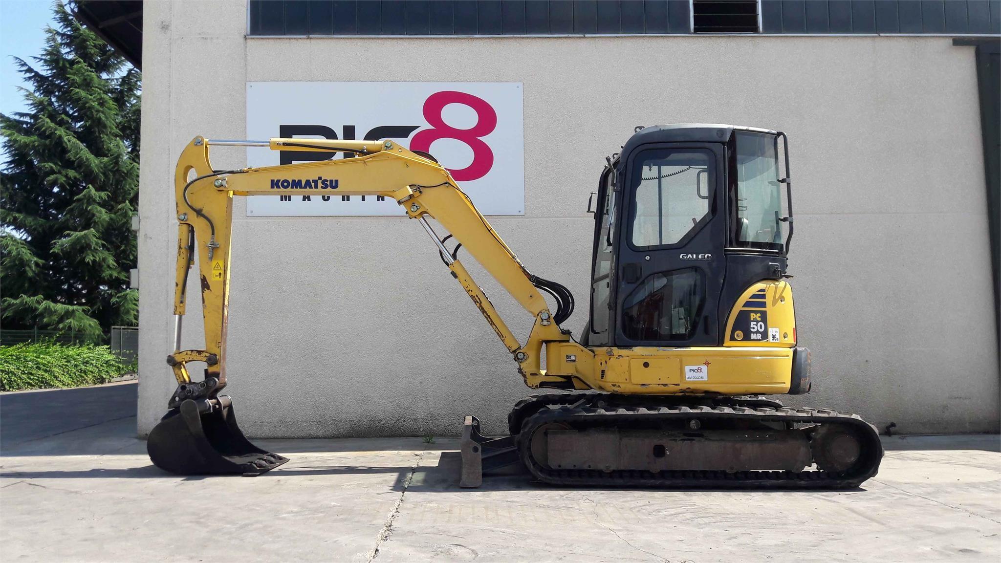 Komatsu PC50MR-2