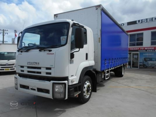 2011 Isuzu FTR 900 Long City Hino - Trucks for Sale