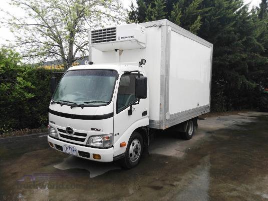2011 Hino 300 Series 614 Auto - Trucks for Sale