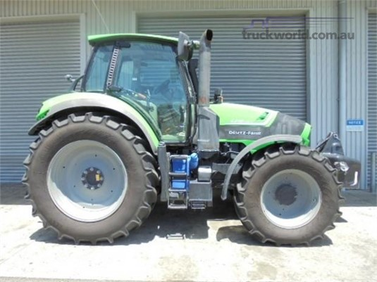 2015 John Deere 6210 - Farm Machinery for Sale