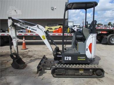Mini (Up To 12,000 Lbs) Excavators For Sale In Zephyrhills