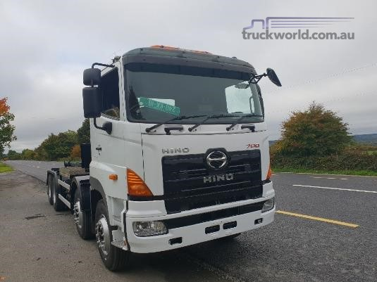2011 Hino 700 Series FY - Trucks for Sale