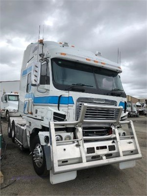 2010 Freightliner Argosy - Wrecking for Sale