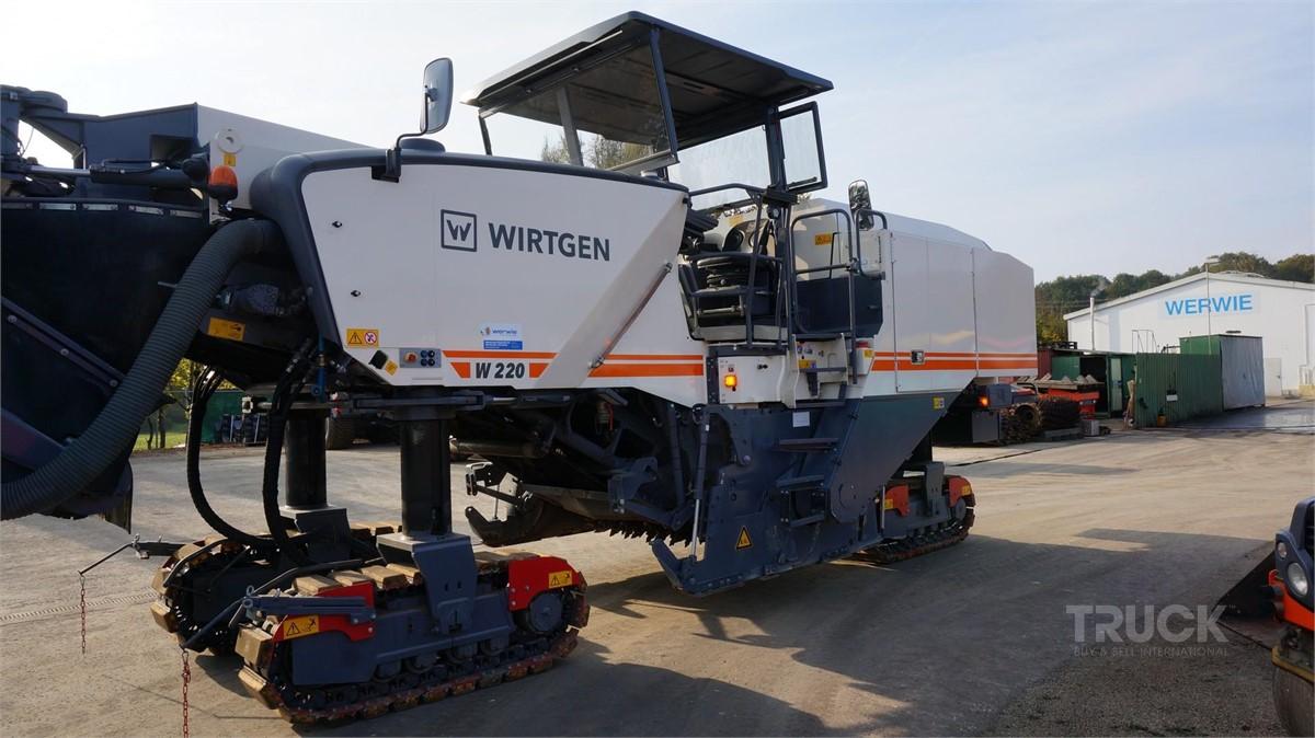 WIRTGEN W220