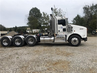 KENWORTH T800 Conventional Day Cab Trucks Auction Results