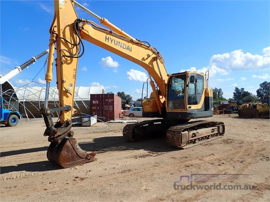 0 Hyundai Robex 235 LCR-9 Heavy Machinery for Sale