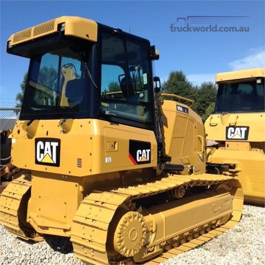 2015 Caterpillar D5K2 XL Heavy Machinery for Sale