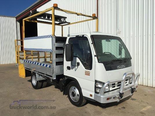 2006 Isuzu NKR 200 Trucks for Sale