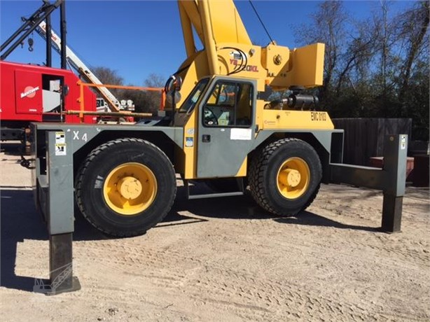 GROVE Carry Deck Cranes / Pick and Carry Cranes For Sale