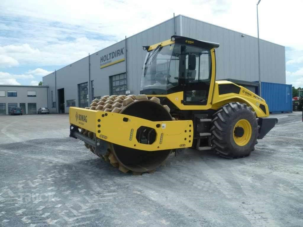 BOMAG BW213PDH-5