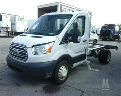 Ford Transit Cutaway >> Ford Transit Van Cutaway Cube Hasil Lelang 4 Listings