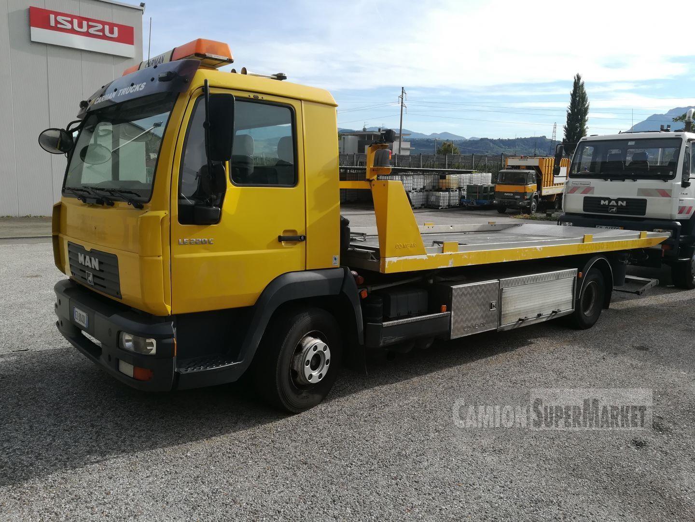 MAN LE220C Usato 2002 Trentino-Alto Adige