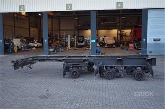 SCHMITZ CARGOBULL 3-assig Asstel 3-assig/liftas/stuuras