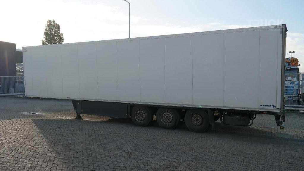 SCHMITZ CARGOBULL 3 AXLE FRIGO TRAILER THERMO KING SL 400 E