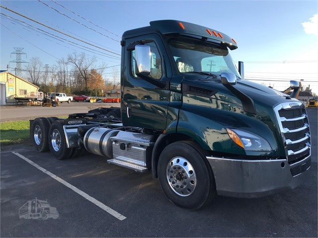 2019 FREIGHTLINER CASCADIA 116 For Sale In East Syracuse, New York