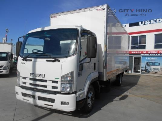 2012 Isuzu FRR 500 City Hino - Trucks for Sale