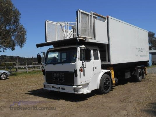 1987 International Acco 1830A - Trucks for Sale