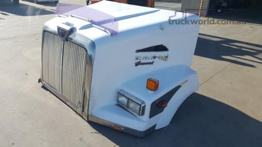 0 Western Star 5800 Model Bonnet - Parts & Accessories for Sale