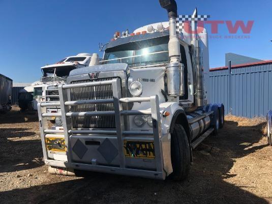 2009 Western Star 4800FX Constellation Universal Truck Wreckers - Wrecking for Sale