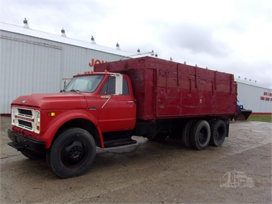 Grain Trucks For Sale >> Farm Trucks Grain Trucks For Sale In Michigan 5 Listings
