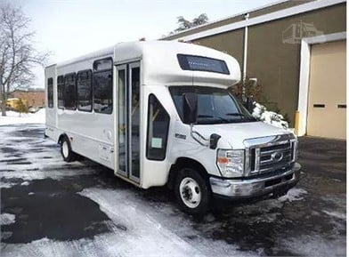 FORD E450 Passenger Bus Auction Results - 877 Listings