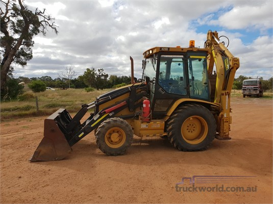 2012 Caterpillar 428D Heavy Machinery for Sale