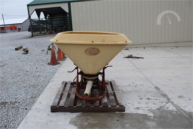 VICON Farm Equipment Online Auction Results - 55 Listings