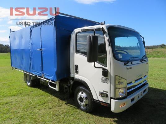 2014 Isuzu NPR200 PREMUIM Used Isuzu Trucks - Trucks for Sale