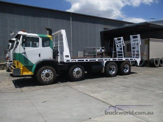 2007 Iveco Acco 2350G - Trucks for Sale