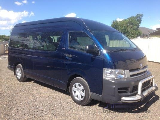2010 Toyota Hiace Commuter - Buses for Sale