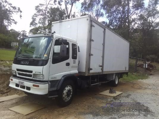 2002 Isuzu FTR 850 Trucks for Sale