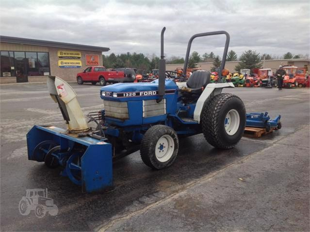 ford 1320 tractor