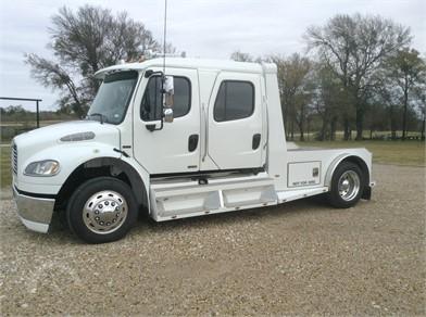 FREIGHTLINER Versatile Hauler Trucks Auction Results - 7 Listings