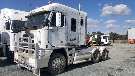 2002 Freightliner Argosy - Wrecking for Sale
