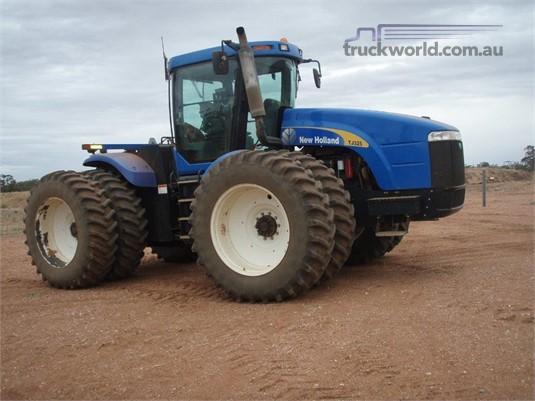 New Holland TJ325 - Truckworld.com.au - Farm Machinery for Sale