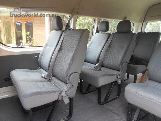 2006 Toyota Commuter - Truckworld.com.au - Buses for Sale