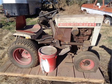 Bolens Riding Lawn Mowers Auction Results - 7 Listings
