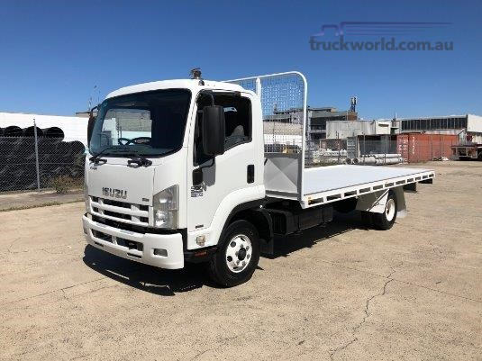 2009 Isuzu FRR 550 Long Trucks for Sale