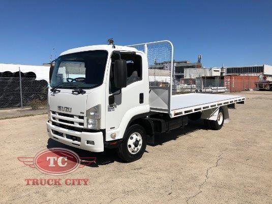 2009 Isuzu FRR 550 Long Truck City - Trucks for Sale