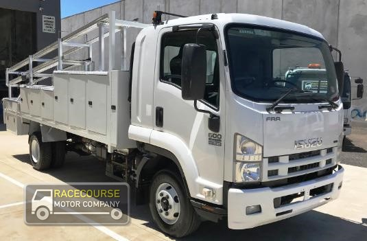 2008 Isuzu FRR 600 Racecourse Motor Company - Trucks for Sale