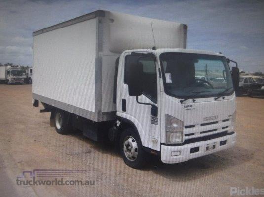 2008 Isuzu NPR Raytone Trucks - Trucks for Sale