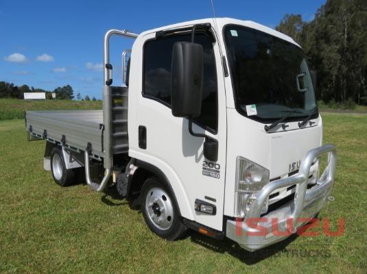 2014 Isuzu NLR 200 Short AMT Used Isuzu Trucks - Trucks for Sale