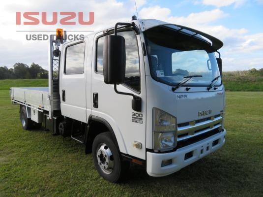 2008 Isuzu NPR 250/300 Crew Premium Used Isuzu Trucks - Trucks for Sale