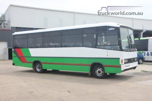 1993 Isuzu FSR - Buses for Sale