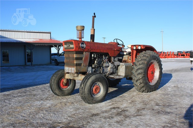 MASSEY-FERGUSON 1100 For Sale In Morden, Manitoba Canada